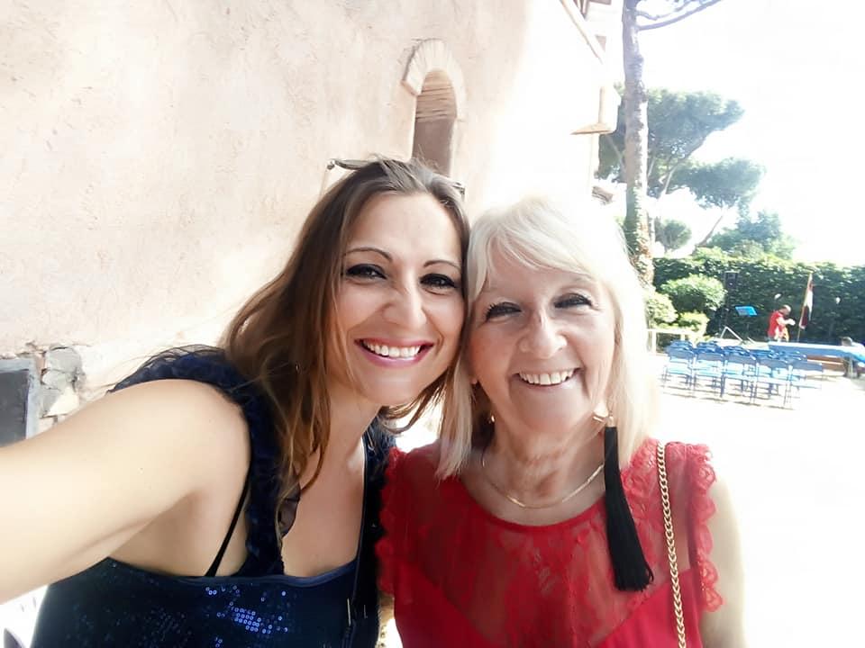 con-Daniela
